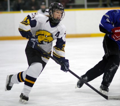 Sydney Sabourin hockey