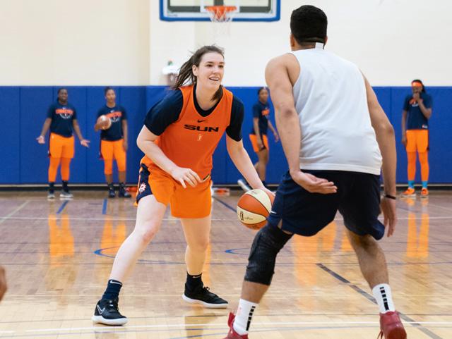 Bridget Carleton WNBA