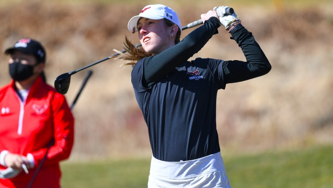 Brooke MacKinnon golf